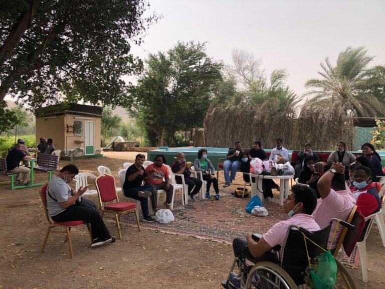 رحلة شباب وفتيات جمعية متلازمة النجاح لمزرعة البركة