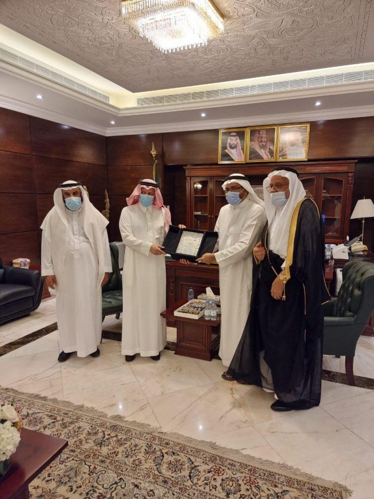 زيارة لمدير عام فرع وزارة الموارد البشرية والتنمية الإجتماعية بمنطقة مكة المكرمة